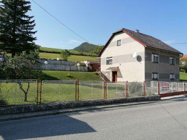 Predaj - rodinný dom obec Pružina okres Pov. Bystrica