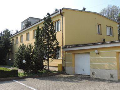 Na prenájom obchodné priestory - Považská Bystrica